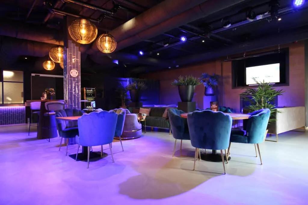 Richmond - Business - Lounge